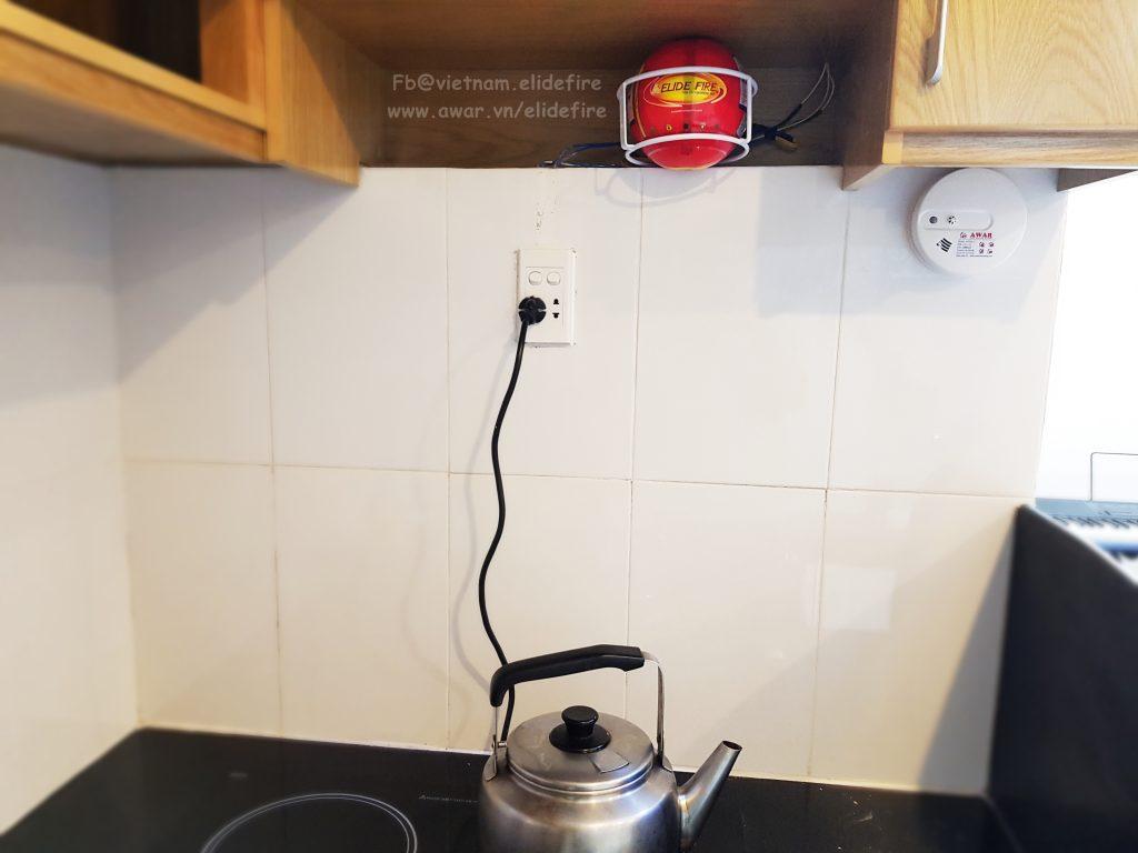 Lắp đặt bóng cứu hỏa tại bếp