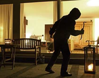 Cách ứng phó khi nhà có trộm