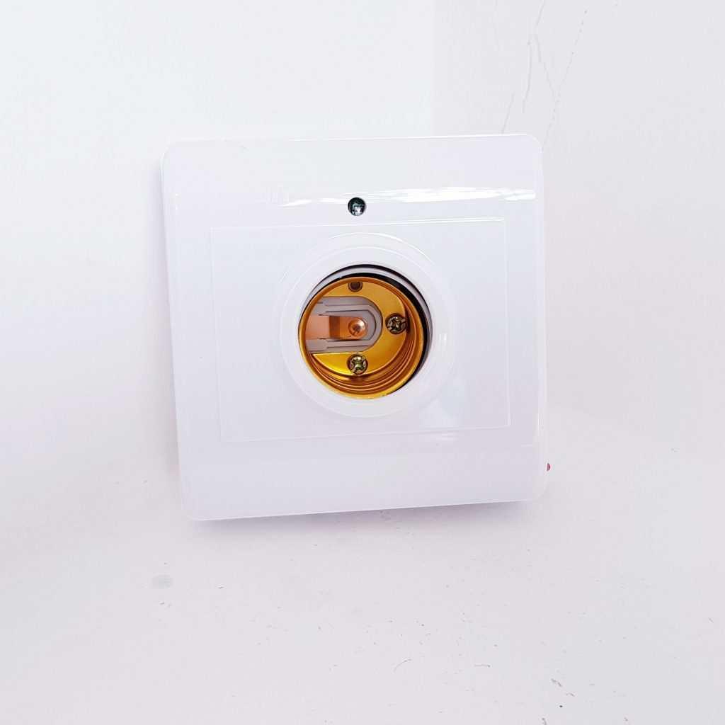 Đui đèn thông minh YFRL01