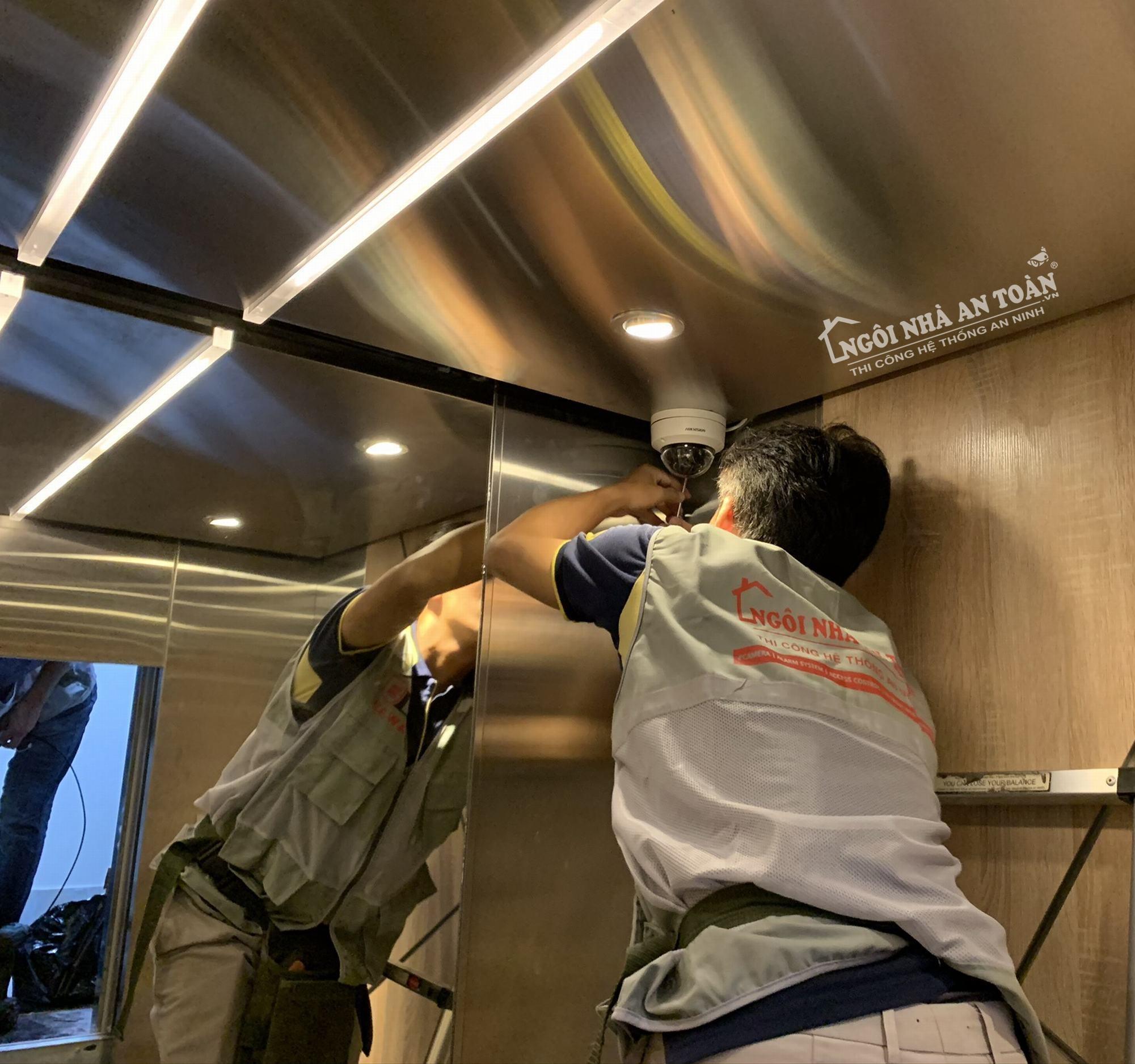 lắp đặt camera thang máy tòa nhà